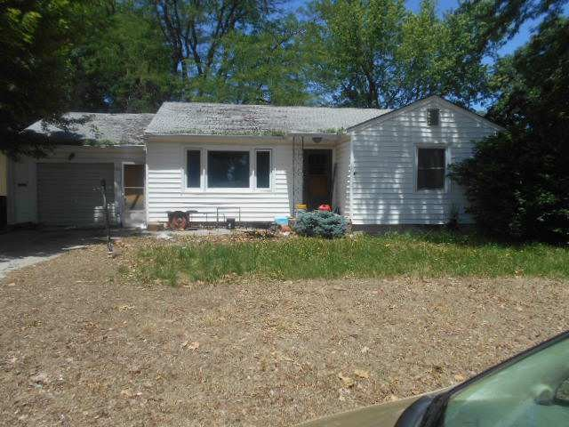 Clay County foreclosures – 709 Arthur St, Clay Center, KS 67432