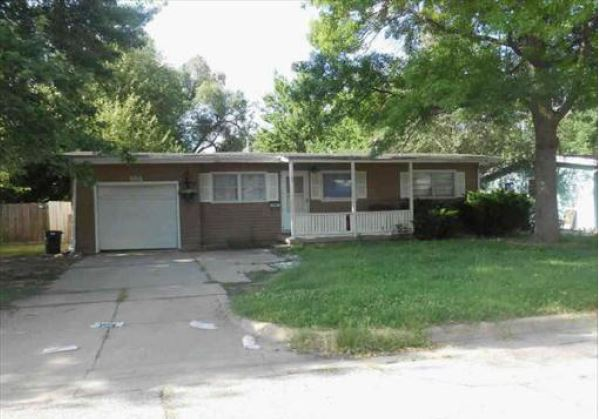 3914 W Westlawn St, Wichita, KS 67203