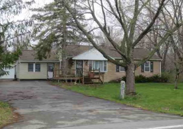 4394 Porter Center Rd, Ransomville, NY 14131