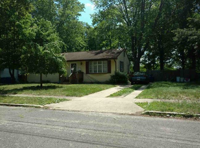 36 3rd Ave, Pemberton, NJ 08068