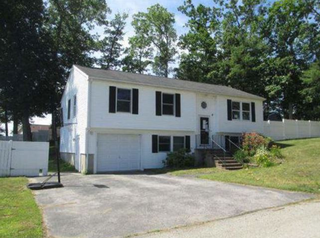 Webster foreclosures – 138 Lakeside Ave, Webster, MA 01570