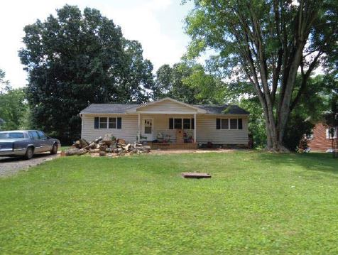 3178 Saint Luke Rd, Woodstock, VA 22664