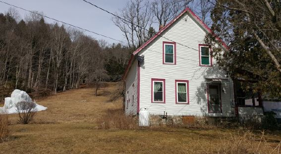 211 Phelps Ln, Readsboro, VT 05350