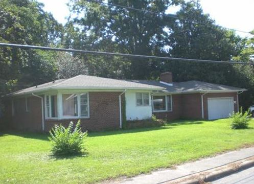 Pasquotank County foreclosures – 1208 Southern Ave, Elizabeth City, NC 27909