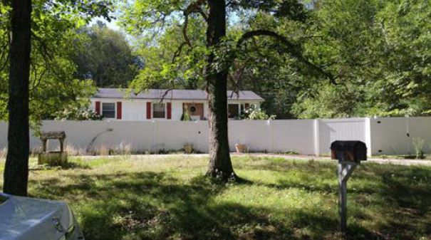3 Reed Hill Rd, Wales, MA 01081