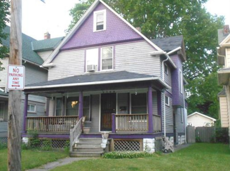 2169 W 95th St, Cleveland, OH 44102