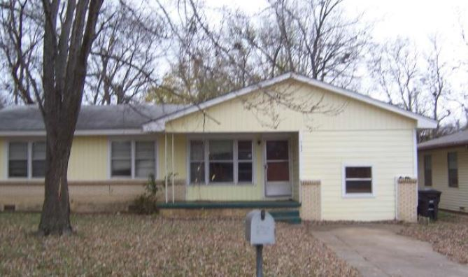 Bartlesville foreclosures – 543 SE Wilshire Ave, Bartlesville, OK 74006