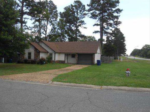1 Oak Forest Dr, Maumelle, AR 72113