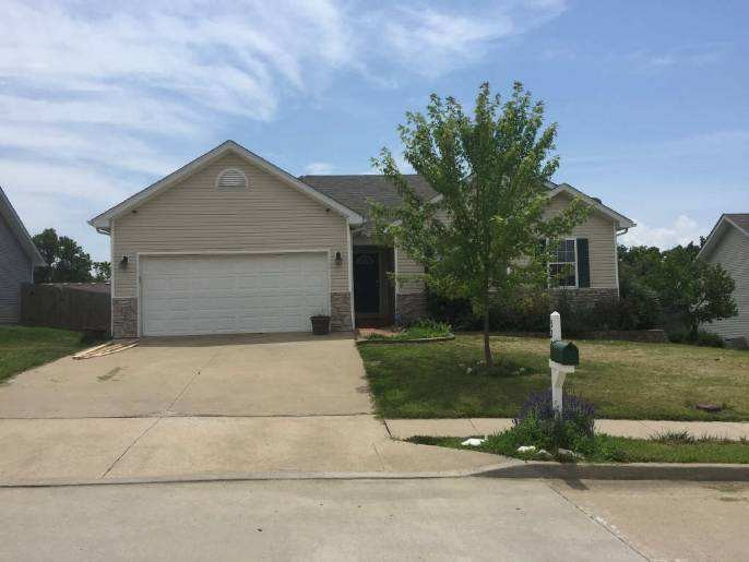 5200 Opal Dr, Columbia, MO 65202