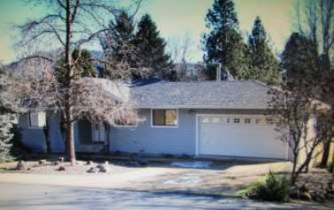 7266 Rogue River Dr, Shady Cove, OR 97539