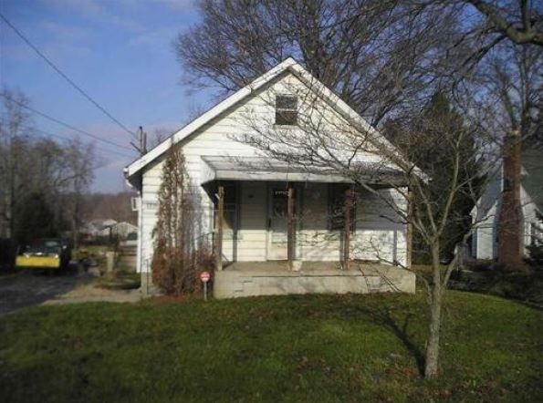 1211 W County Line Rd, Mineral Ridge, OH 44440