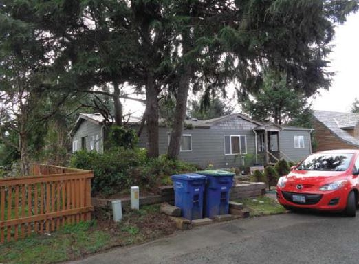 105 Spruce Ct, Depoe Bay, OR 97341